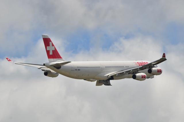 SWISS A340 5