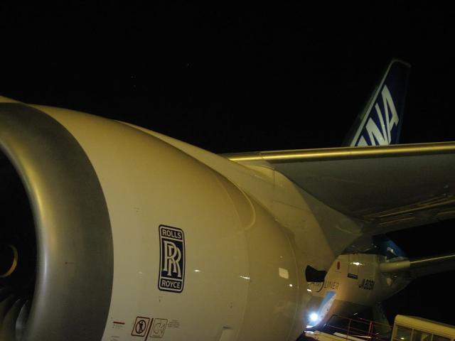 787 エンジン