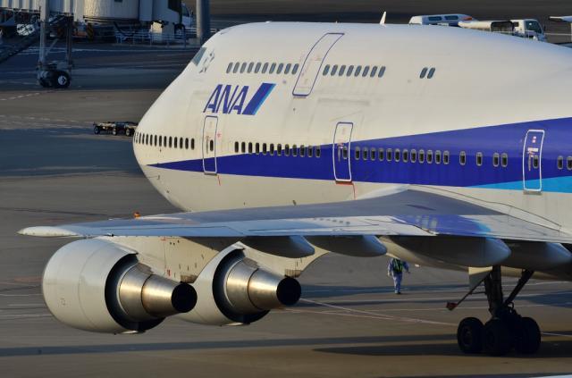 ANA B747 1