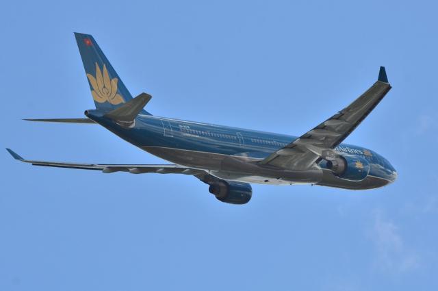 VN A330 8