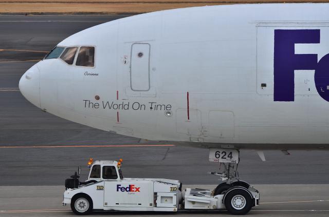 MD-11_D72_5233.jpg